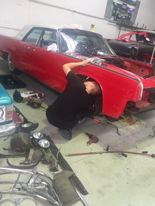 1961 Lincoln build (3)